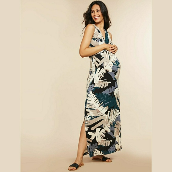 79cc4791d4fa3a Motherhood Maternity Palm Print Maxi Dress. M_5c37c51aaa877035c2ae196c